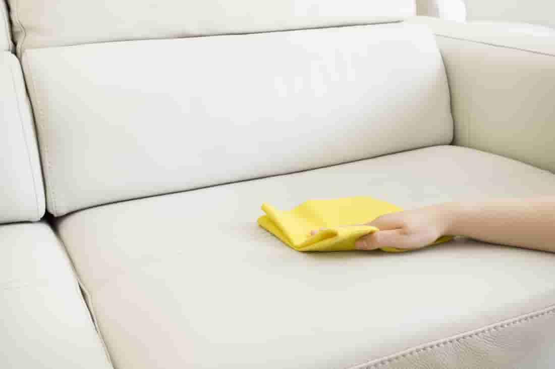 Как вывести чернила с кожи дивана