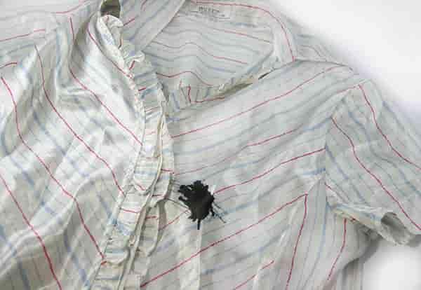 выведение пятен чернил с одежды