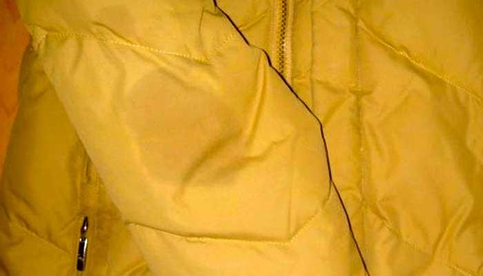 как вывести жирное пятно с куртки