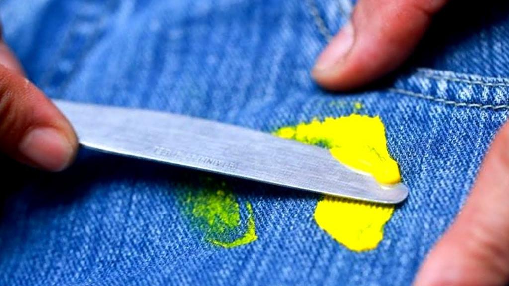как отстирать гуашь с одежды