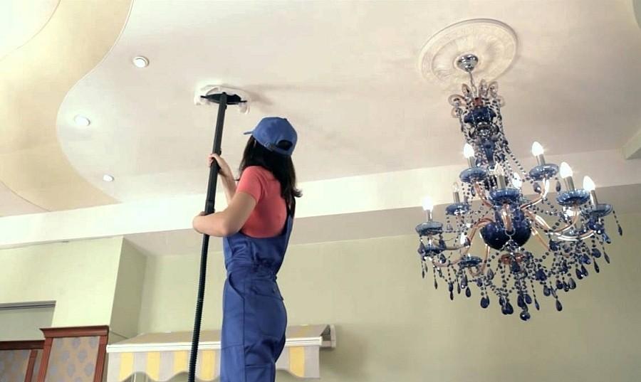 Чем мыть потолочную плитку: простые способы