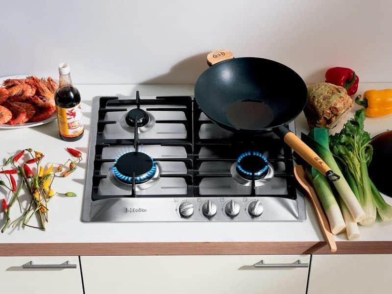Как почистить газовую плиту в домашних условиях. Чистим плиту, решетку и комфорки.